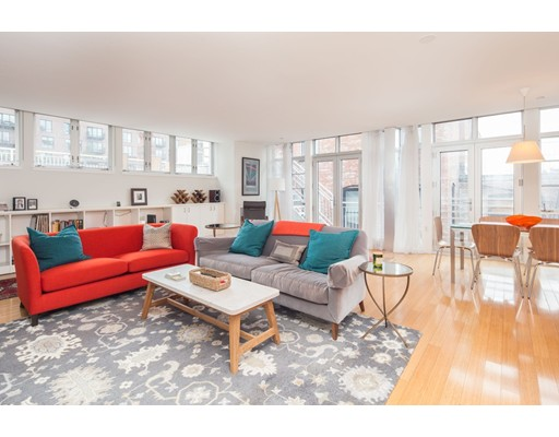 Condominium for Sale at 7 Warren Avenue 7 Warren Avenue Boston, Massachusetts 02116 United States