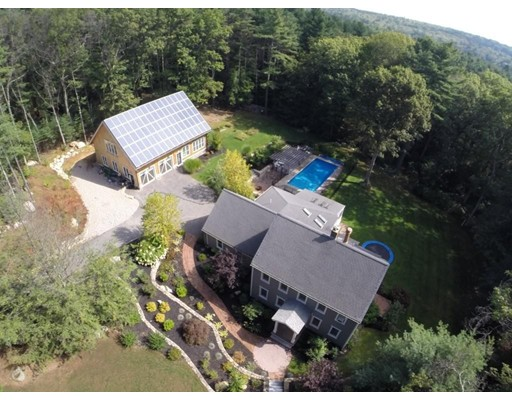 Single Family Home for Sale at 226 Pond Street 226 Pond Street Hopkinton, Massachusetts 01748 United States