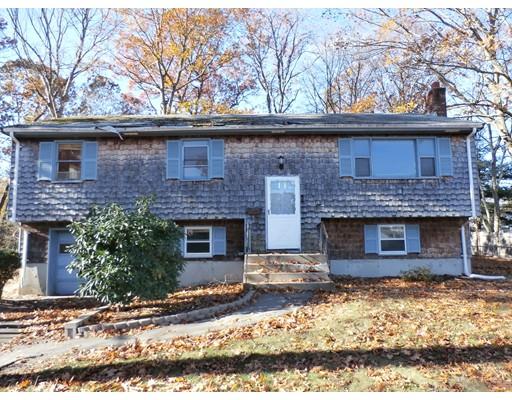 Частный односемейный дом для того Продажа на 203 Cambo Street 203 Cambo Street Brockton, Массачусетс 02301 Соединенные Штаты