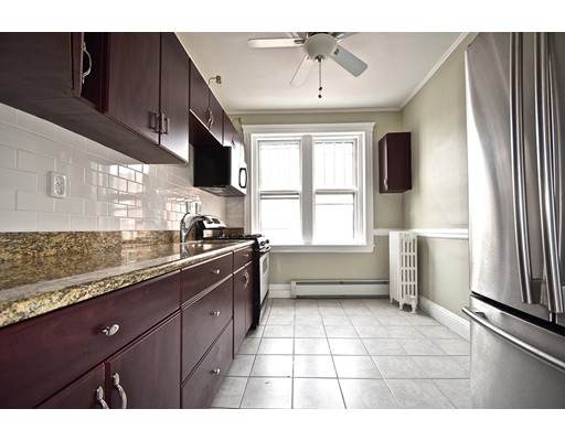 Additional photo for property listing at 21 Sutherland Road  Boston, Massachusetts 02135 Estados Unidos