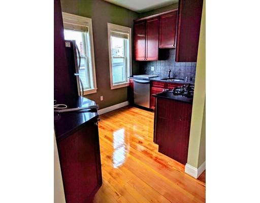 独户住宅 为 出租 在 226 Banks 坎布里奇, 马萨诸塞州 02138 美国