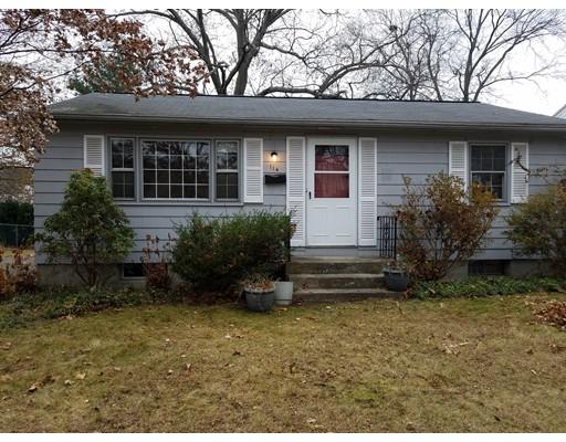 Частный односемейный дом для того Продажа на 114 Clement Street 114 Clement Street Springfield, Массачусетс 01118 Соединенные Штаты