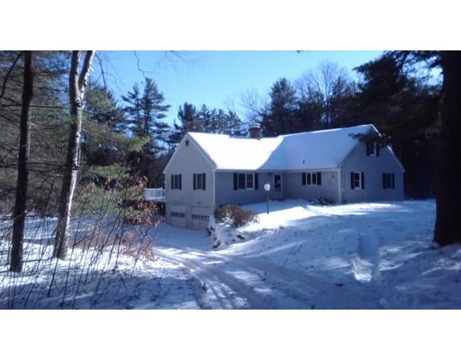 Maison unifamiliale pour l Vente à 250 West Pelham Road 250 West Pelham Road Shutesbury, Massachusetts 01072 États-Unis
