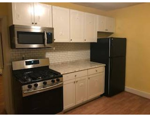 Additional photo for property listing at 4 St James Place  Boston, Massachusetts 02119 Estados Unidos