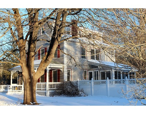Single Family Home for Sale at 122 East Street 122 East Street Foxboro, Massachusetts 02035 United States