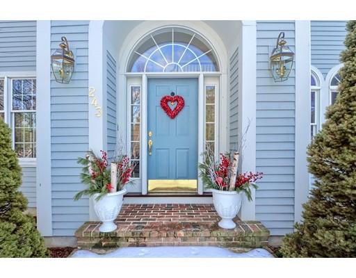 Casa Unifamiliar por un Venta en 243 Cranbrook 243 Cranbrook Holden, Massachusetts 01520 Estados Unidos