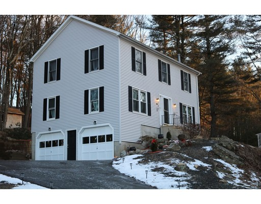 Single Family Home for Sale at 66 Buttonwood Avenue 66 Buttonwood Avenue Sutton, Massachusetts 01590 United States