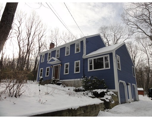 Single Family Home for Sale at 49 Tyler Road 49 Tyler Road Townsend, Massachusetts 01469 United States