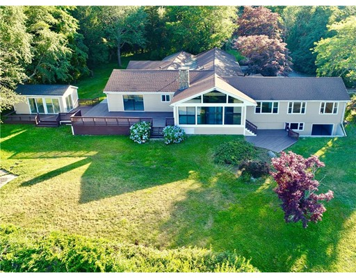 Single Family Home for Sale at 396 Nanaquaket Road 396 Nanaquaket Road Tiverton, Rhode Island 02878 United States