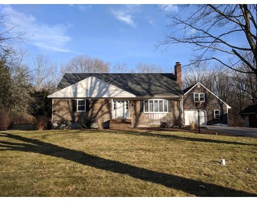 独户住宅 为 出租 在 368 Old Post Road 368 Old Post Road 北阿特尔伯勒, 马萨诸塞州 02760 美国
