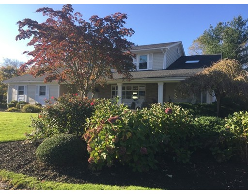 Single Family Home for Sale at 11 Crescent Drive 11 Crescent Drive Dartmouth, Massachusetts 02747 United States