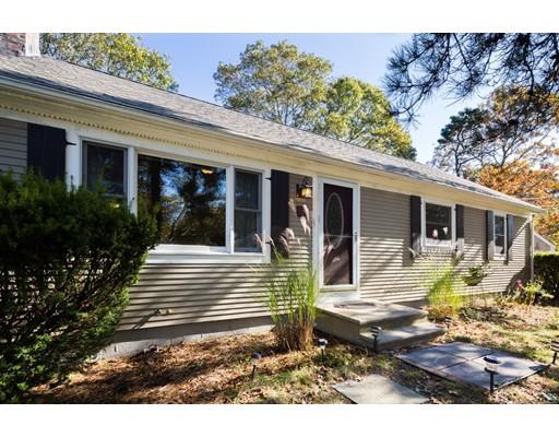 独户住宅 为 销售 在 6 Lexington Drive 6 Lexington Drive 巴恩斯特布, 马萨诸塞州 02601 美国