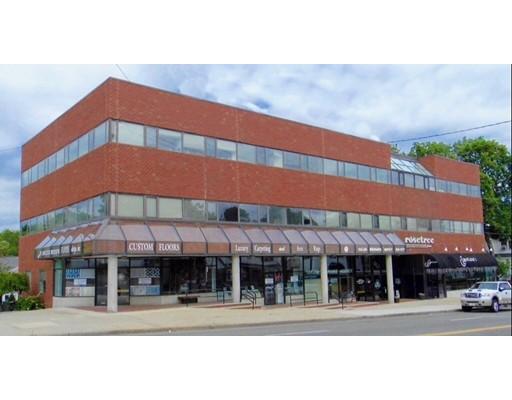 Commercial pour l à louer à 271 Main Street 271 Main Street Stoneham, Massachusetts 02180 États-Unis