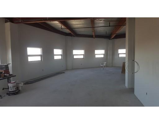 Commercial للـ Rent في 9 Sherman Street 9 Sherman Street Somerville, Massachusetts 02143 United States