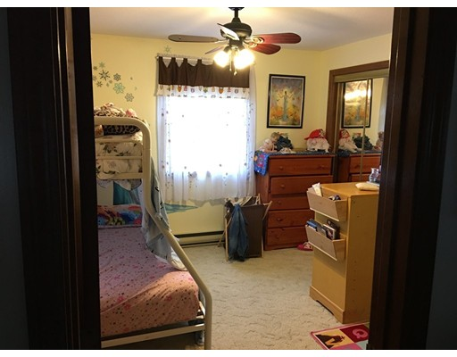 202 College St, Chicopee, MA, 01020