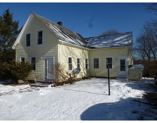 Single Family Home for Rent at 10 Pleasant Street #Front 10 Pleasant Street #Front Foxboro, Massachusetts 02035 United States