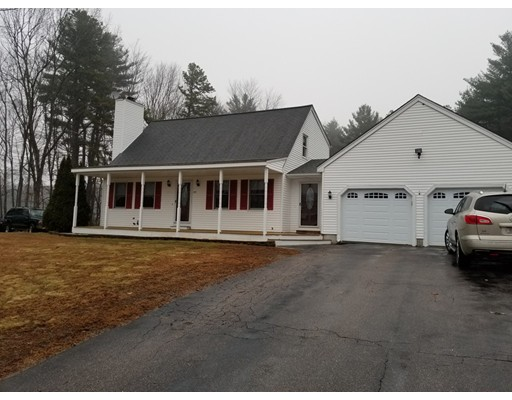Single Family Home for Sale at 172 Mendon Road 172 Mendon Road Blackstone, Massachusetts 01504 United States