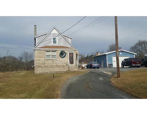 واحد منزل الأسرة للـ Sale في 66 Allen Street 66 Allen Street Acushnet, Massachusetts 02743 United States