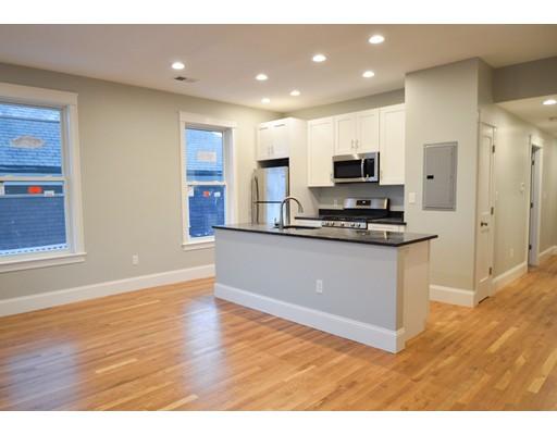 独户住宅 为 出租 在 405 South Huntington Avenue 波士顿, 马萨诸塞州 02130 美国