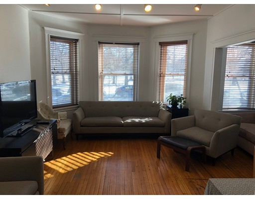 Additional photo for property listing at 125 Park Drive  Boston, Massachusetts 02215 Estados Unidos