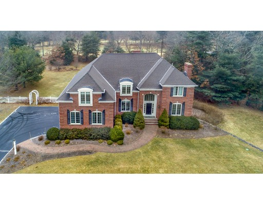 Single Family Home for Sale at 222 Country Club Way 222 Country Club Way Kingston, Massachusetts 02364 United States