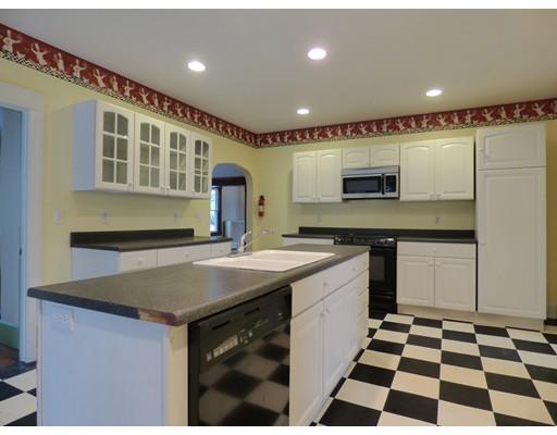 Casa Unifamiliar por un Alquiler en 155 Park Street 155 Park Street Gardner, Massachusetts 01440 Estados Unidos
