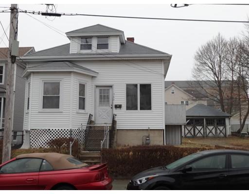 واحد منزل الأسرة للـ Sale في 362 Ames Street 362 Ames Street Fall River, Massachusetts 02721 United States