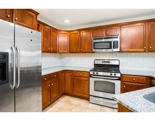 共管式独立产权公寓 为 出租 在 120 Wyllis #405 120 Wyllis #405 Everett, 马萨诸塞州 02149 美国