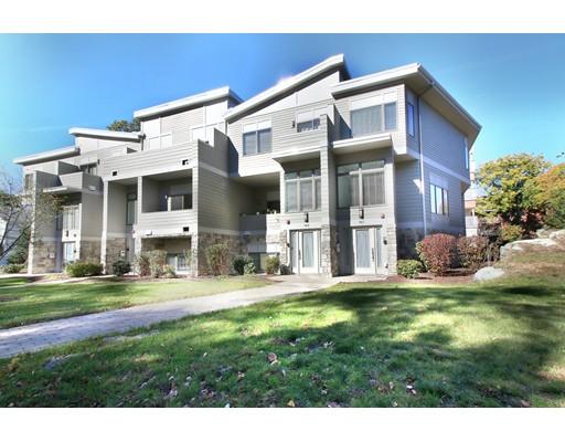 شقة بعمارة للـ Sale في 767 Heath Street 767 Heath Street Brookline, Massachusetts 02467 United States