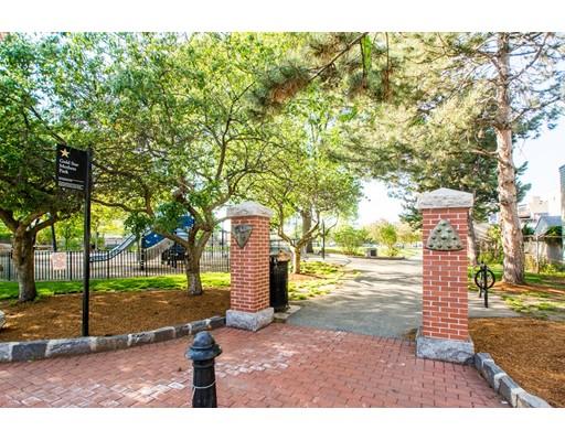 Многосемейный дом для того Продажа на 117 Gore 117 Gore Cambridge, Массачусетс 02141 Соединенные Штаты