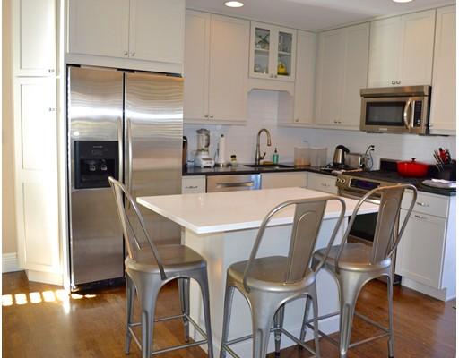 Appartement en copropriété pour l à louer à 91 Sherman #2 91 Sherman #2 Cambridge, Massachusetts 02140 États-Unis