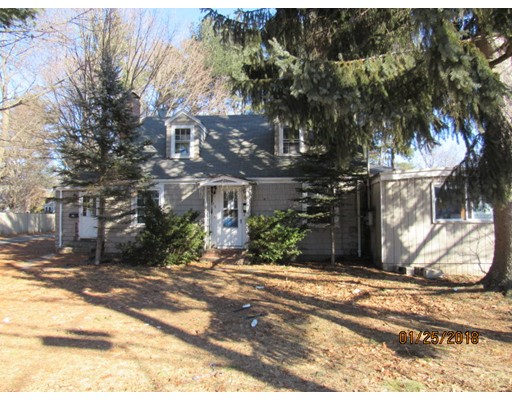Single Family Home for Sale at 89 Asbury Street 89 Asbury Street Hamilton, Massachusetts 01982 United States
