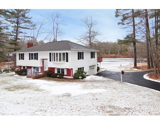 Single Family Home for Sale at 8 Ledgewood Drive 8 Ledgewood Drive Bedford, Massachusetts 01730 United States