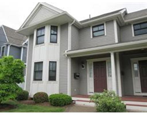 Maison accolée pour l à louer à 109 Watertown Street #109 109 Watertown Street #109 Watertown, Massachusetts 02472 États-Unis