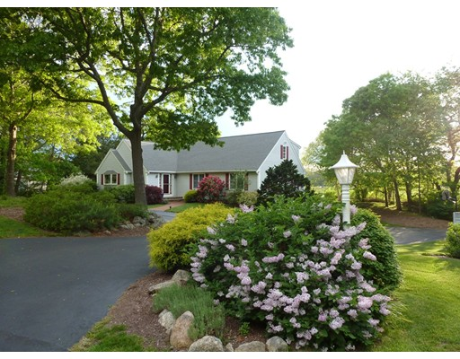 Additional photo for property listing at 435 Whistleberry Drive 435 Whistleberry Drive Barnstable, Massachusetts 02648 États-Unis