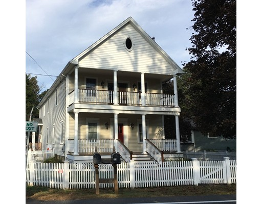 Casa Unifamiliar por un Venta en 579 Main Street 579 Main Street Wilbraham, Massachusetts 01095 Estados Unidos