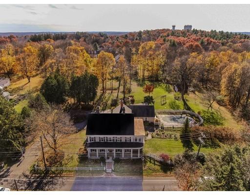واحد منزل الأسرة للـ Sale في 33 Main 33 Main Westford, Massachusetts 01886 United States