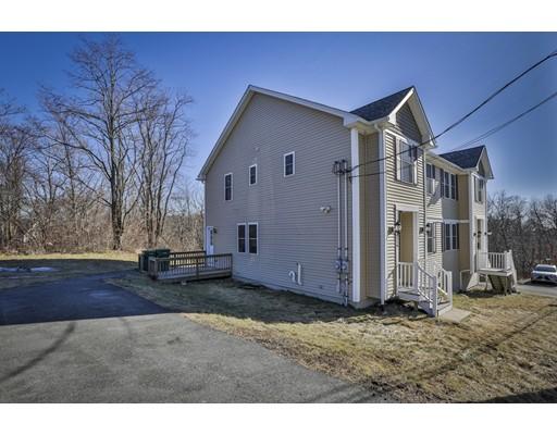 Casa unifamiliar adosada (Townhouse) por un Alquiler en 216 Fairmount Ave #1 216 Fairmount Ave #1 Lynn, Massachusetts 01905 Estados Unidos