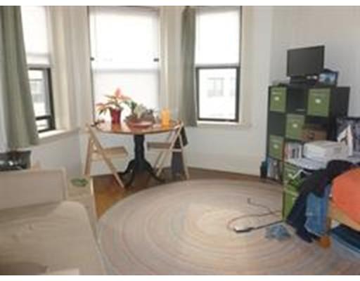 Casa Unifamiliar por un Alquiler en 41 Edgerly Road Boston, Massachusetts 02115 Estados Unidos