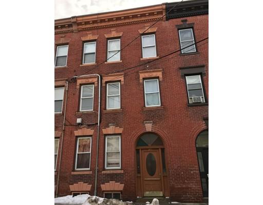 Huis voor meerdere gezinnen voor Verkoop een t 153 Saratoga 153 Saratoga Boston, Massachusetts 02128 Verenigde Staten