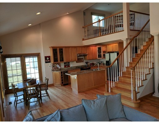 Additional photo for property listing at 25 West Street  Foxboro, Massachusetts 02035 United States