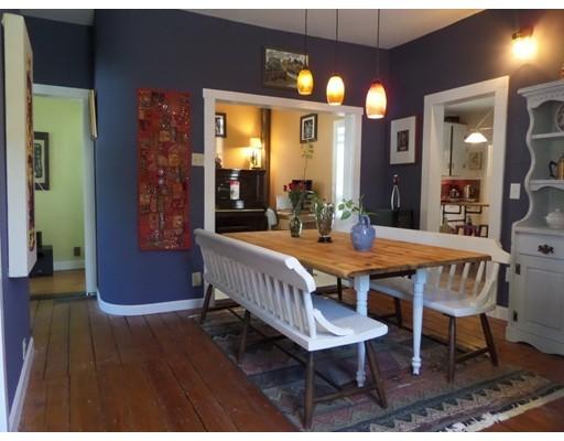 Casa Unifamiliar por un Alquiler en 23 Elm Street 23 Elm Street Westborough, Massachusetts 01581 Estados Unidos