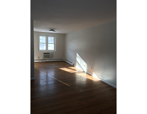 Additional photo for property listing at 98 Emerson Gardens  Lexington, Massachusetts 02420 United States