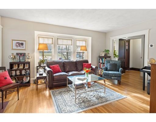 Appartement en copropriété pour l Vente à 89-91 Elm Road #1 89-91 Elm Road #1 Newton, Massachusetts 02460 États-Unis