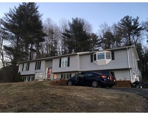 Casa Unifamiliar por un Venta en 22 Holland Road 22 Holland Road Wales, Massachusetts 01081 Estados Unidos