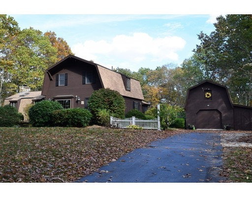 Single Family Home for Sale at 40 Parker Street 40 Parker Street Leicester, Massachusetts 01542 United States