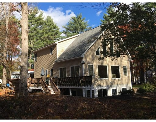 Casa Unifamiliar por un Alquiler en 3 Abbott Ave #1 3 Abbott Ave #1 Sharon, Massachusetts 02067 Estados Unidos