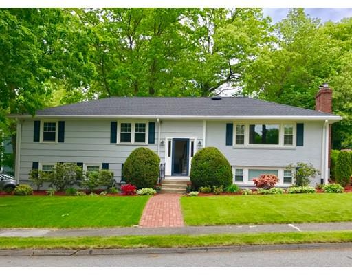独户住宅 为 销售 在 20 Poplar Road 20 Poplar Road 韦尔茨利, 马萨诸塞州 02482 美国