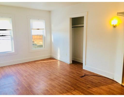 Квартира для того Аренда на 38 Gordon #4 38 Gordon #4 Framingham, Массачусетс 01702 Соединенные Штаты