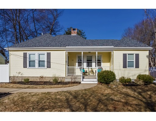 Single Family Home for Sale at 33 King Place 33 King Place East Bridgewater, Massachusetts 02333 United States